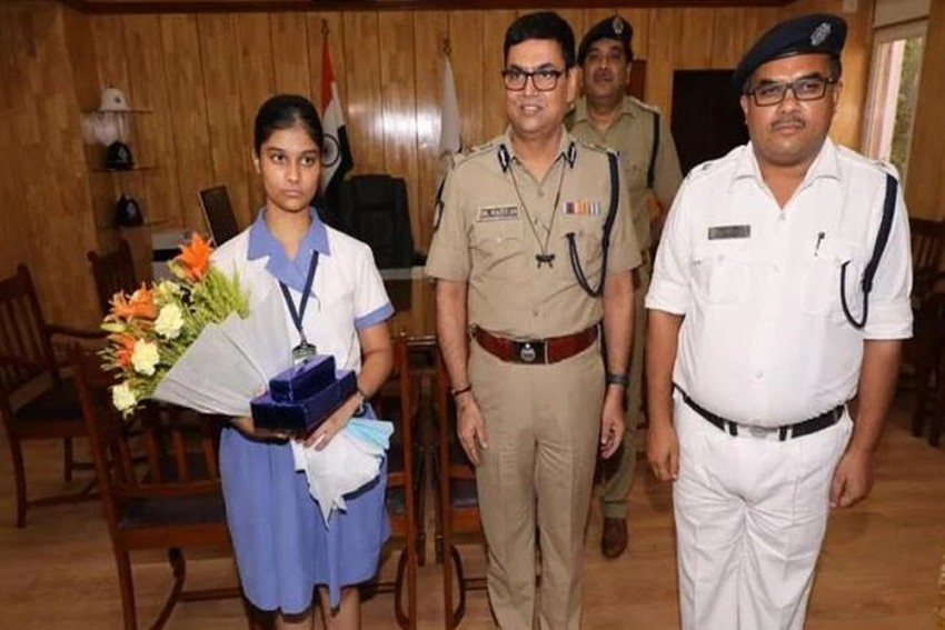 Kolkata Girl Who Came Fourth In ISC Exam Made DCP For A Day